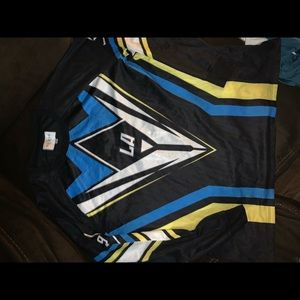 GUESS JERSEY size XL traditional classic sale rare